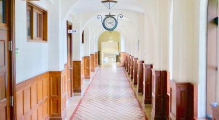 一号館の廊下